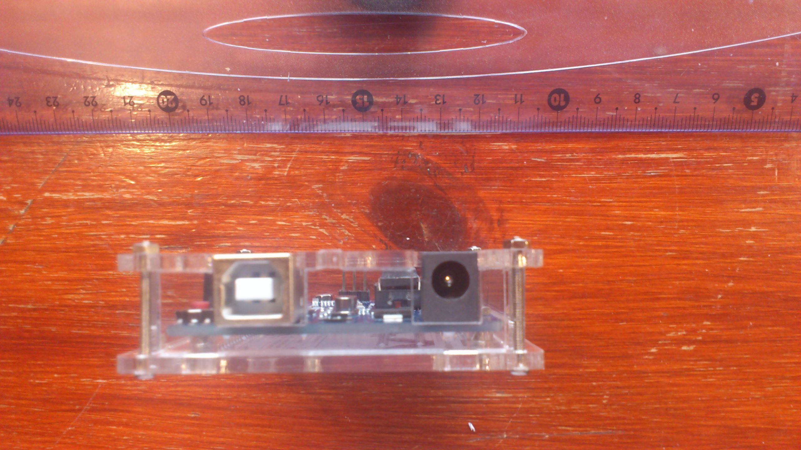 Arduino Uno CAJA Conectores DSC 0048 scaled